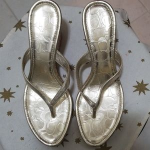 """Coach """"Lannie"""" light gold thong wedged Shoes! 8.5"""